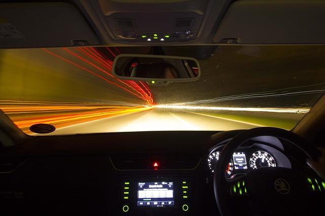 noční jízda z pohledu řidiče