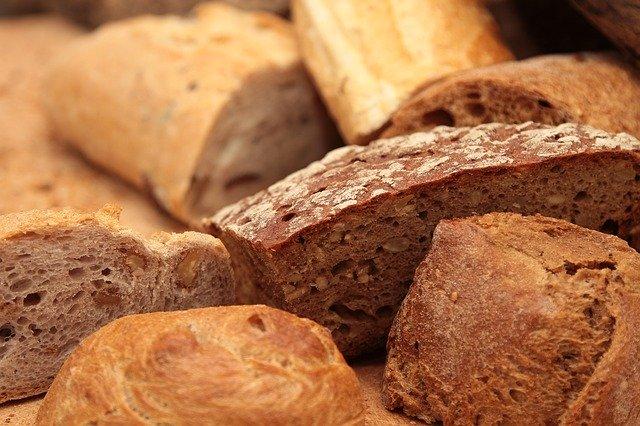 různé druhy chleba